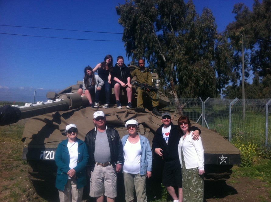 Landis Family Visit the Armoured Brigade Base