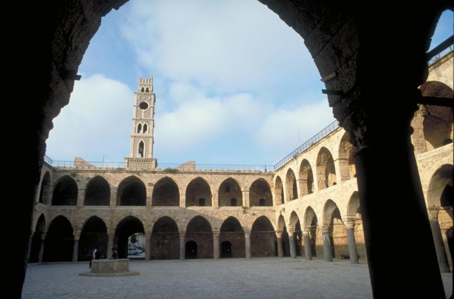Khan al-Umdan (Inn of the Pillars), courtyard